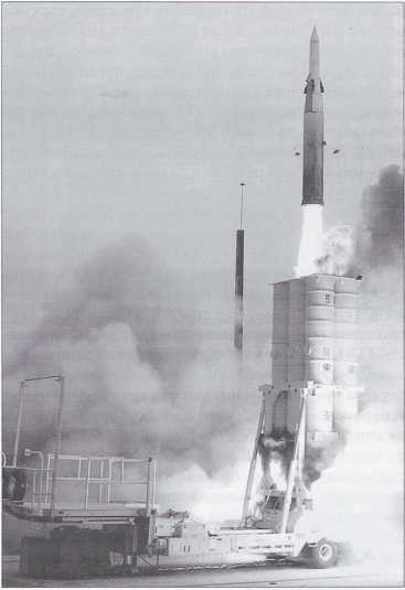 Pusk raketi Arrow-2